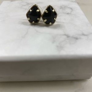 Black and gold Tessa earrings